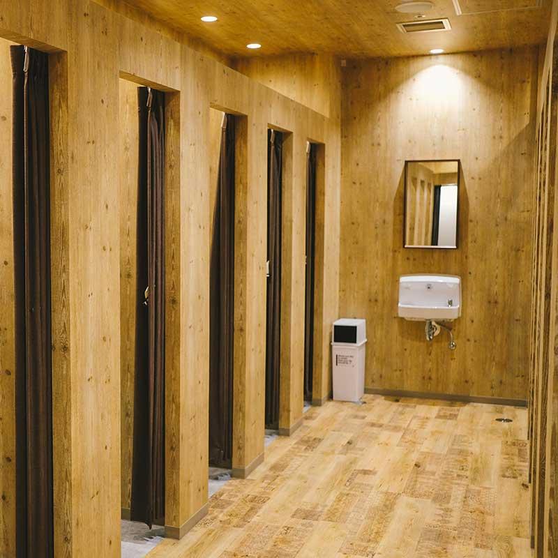シャワー室完備 無料で使用可能
